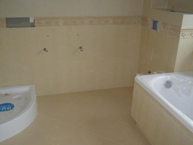 Wykonanie projektu łazienki oraz posadzki w przedpokoju – Sobótka